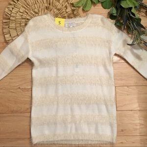 NWT Joseph A Cream Soft Silky Sweater Size Small